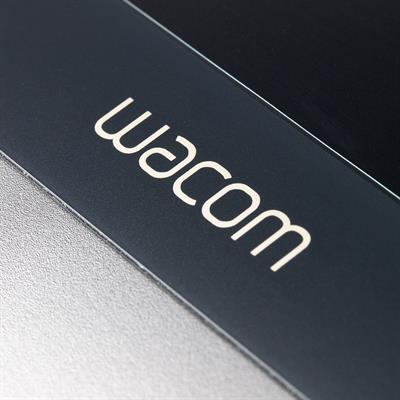 wacom-dtu-1141k-tablett-4.jpg